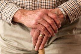 В Кузбассе продлен режим самоизоляции для людей в возрасте 65 лет и старше