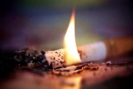 Неосторожность при курении!