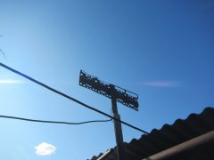 Ложки, вилки, банки — на что умельцы принимают цифровое ТВ