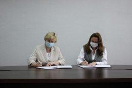 Детский омбудсмен и управляющий Кузбасским отделением Фонда социального страхования подписали соглашение о сотрудничестве