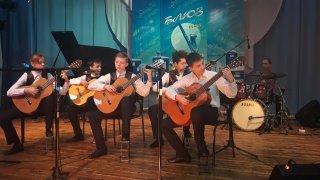 Сегодня Осинники встречают участников 13 регионального детского фестиваль-конкурса джазовой музыки «Блюз под снегом»